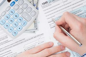 taxes-filling-out-forms